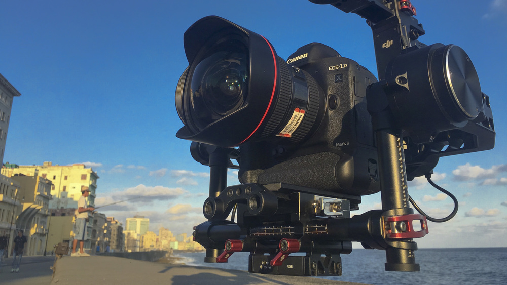 The 1DX MarkII mounted on the Ronin at sunrise along the Malecon in Havana, Cuba.