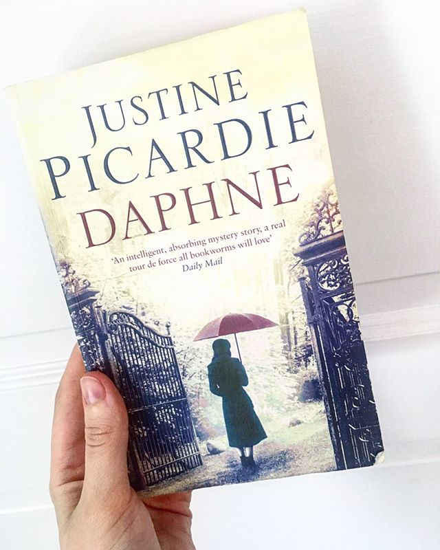 My second read of the year is this wonderful book.  Daphne by Justine Picardie is the story of Daphne du Maurier's search into Branwell Brontë's past. This search goes far beyond Daphne and even influences a modern day student to retrace the steps Daphne took.  Everyone who knows me knows that I love Daphne du Maurier, so this book was an instant love. Picardie writes beautifully and I love how this story is a love story (though not a happy one), a mystery, a historical novel and a contemporary novel at the same time.  Not convinced yet? Swipe left to see how much my cat loved this book too! 😻😻 #books #book #bookstagram #daphnedumaurier #bronte #read #reading #cat #booklr #instabook #booknerd #bookworm