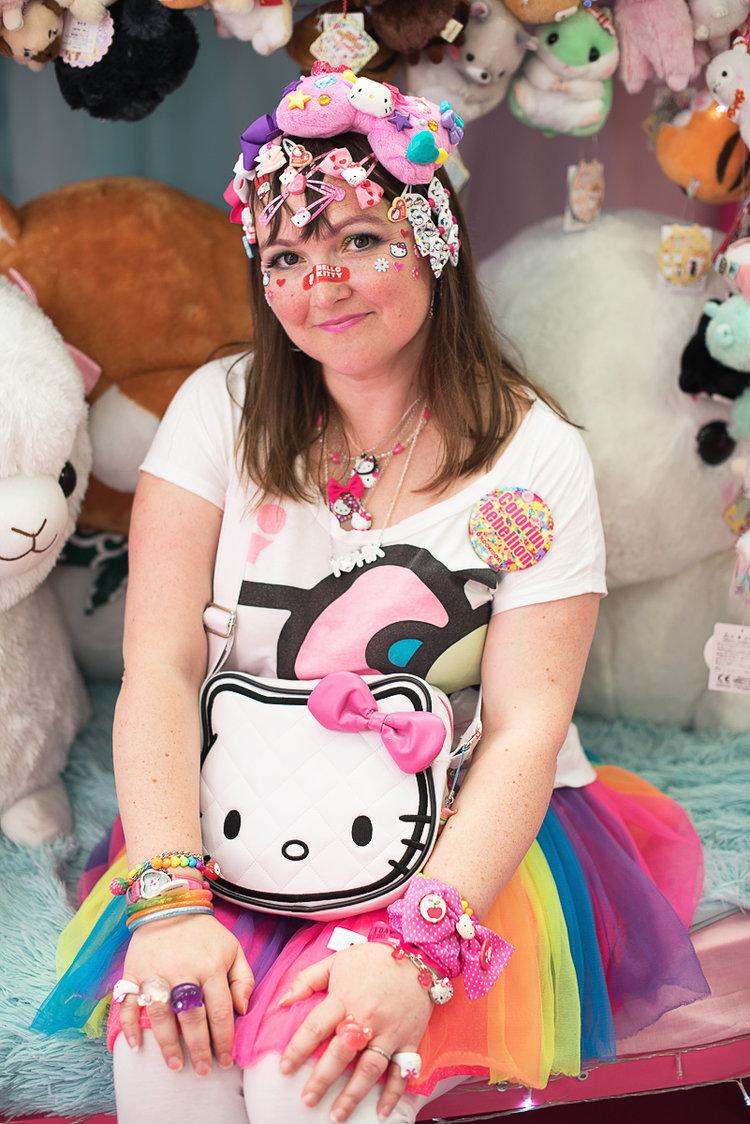 hyper japan sarah hello kitty.jpg