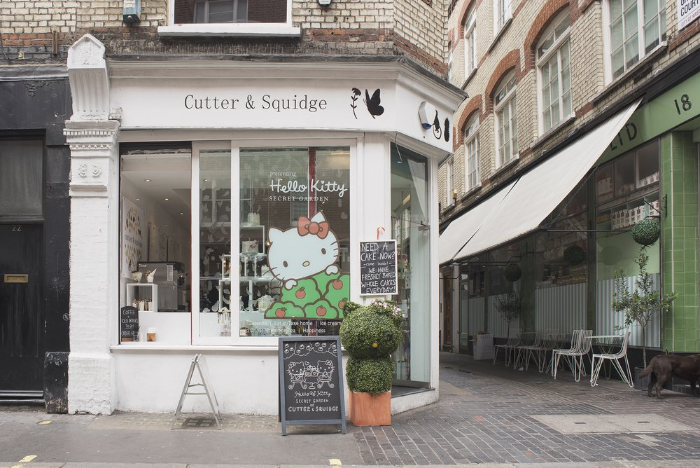 cutter--squidge-hello-kitty-pop-up-soho_27222018580_o.jpg