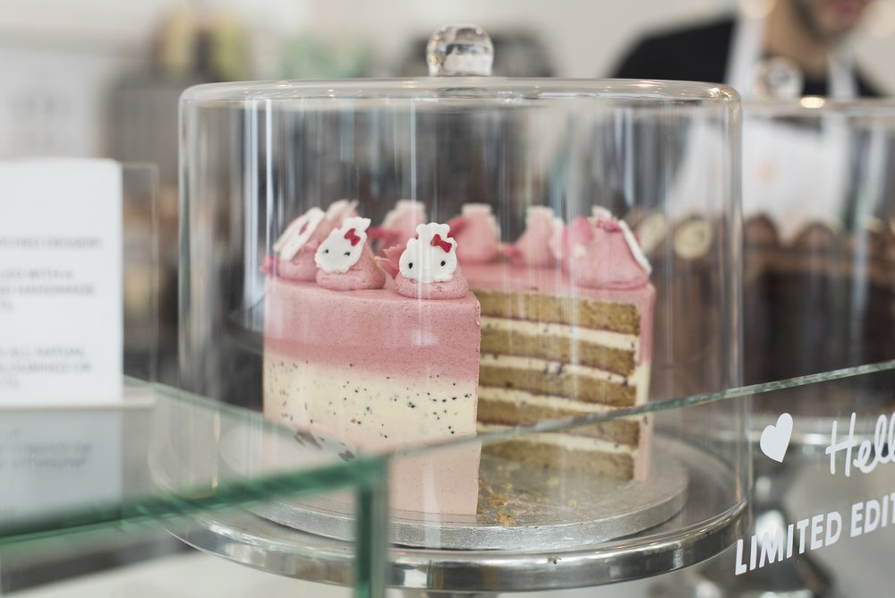 cutter--squidge-hello-kitty-pop-up-soho_27427103931_o.jpg