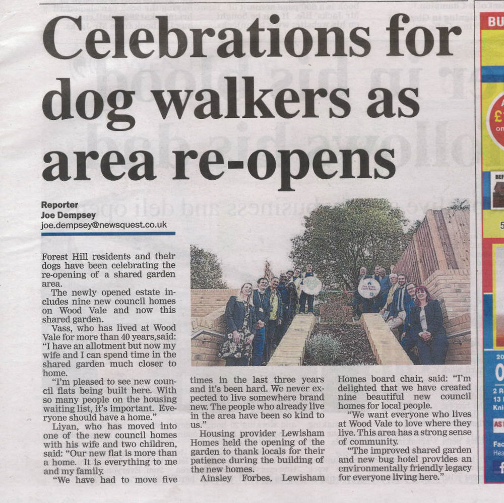 News shopper Celebrations for dog walkers as area re-opens 18Oct17.jpg