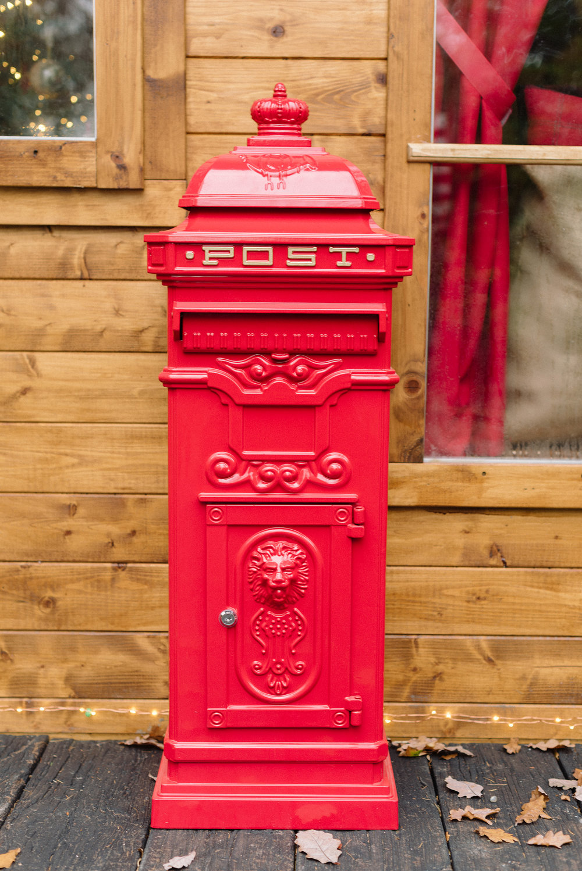 1postbox.jpg