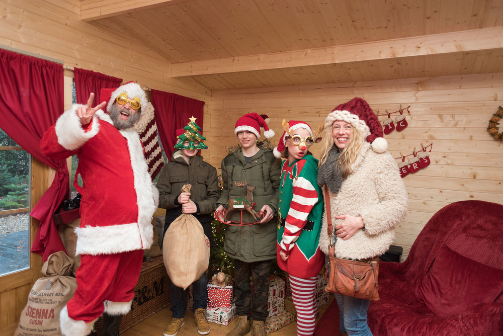 Magic of Foresters Santas Grotto Christmas 2017 www.emilyvalentine.online Bromley Photographer