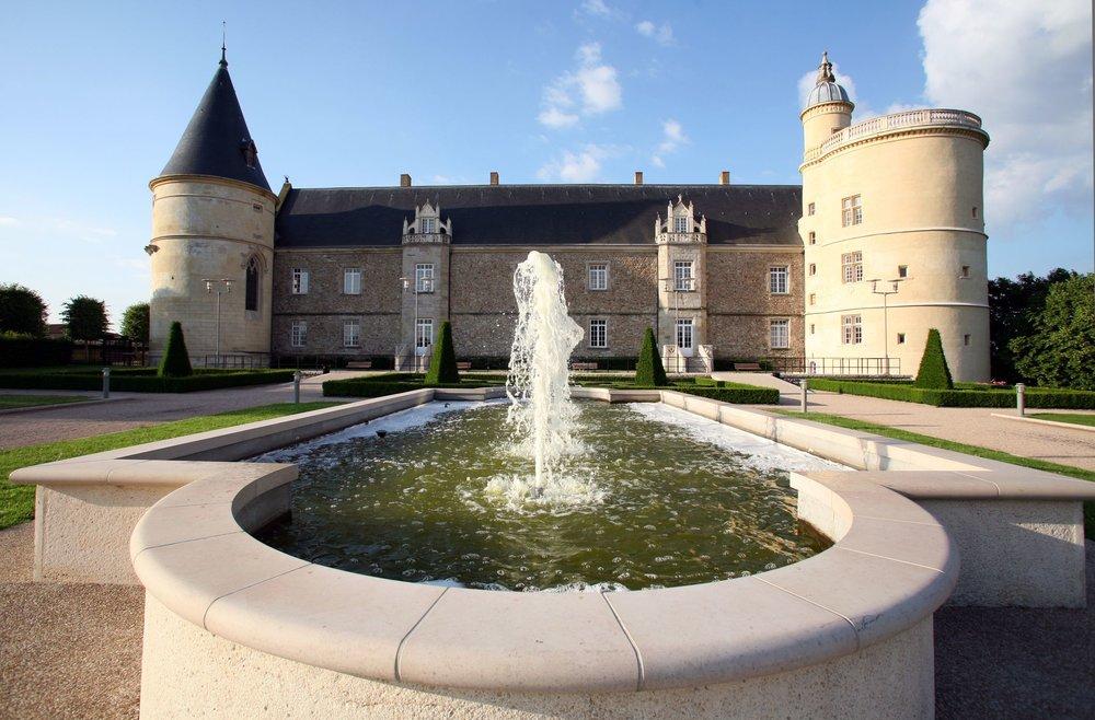 Chateau03.jpg