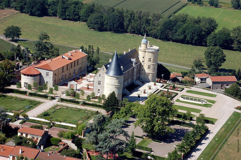 château-de-Bouthéon-.jpg