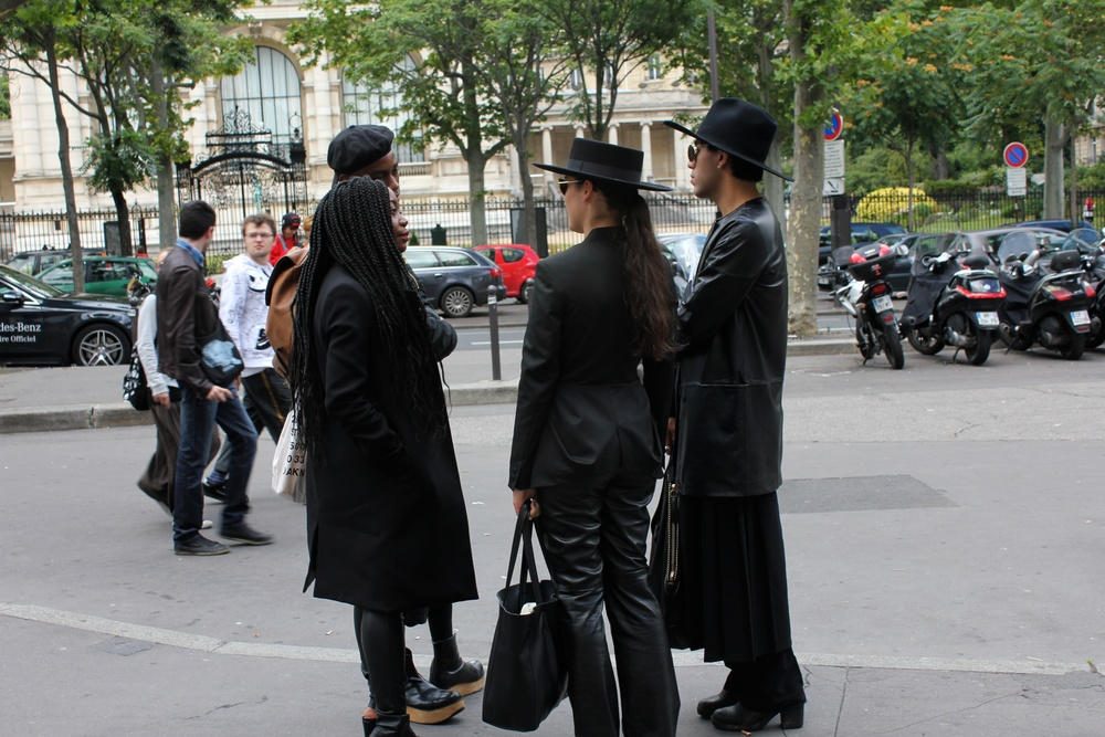 Street style outside the shows: all black