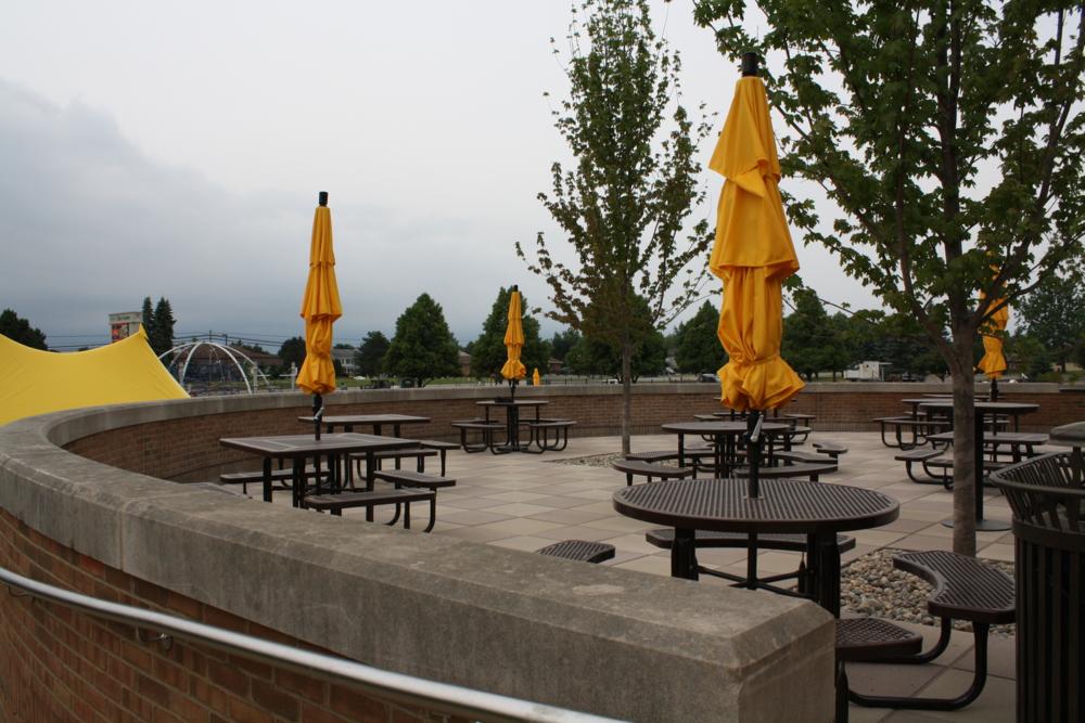corner-park-patio