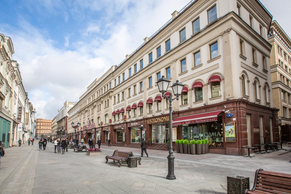 Торгово-офисный центр<br>Никольская Плаза<br><h11>м. Лубянка