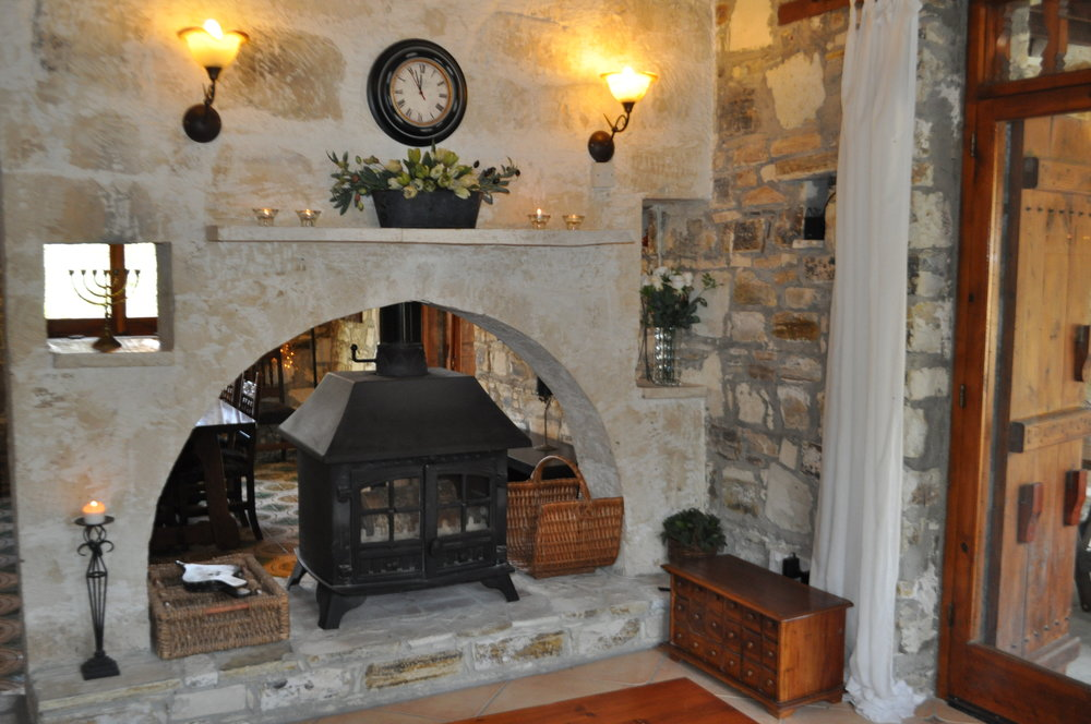 Fireplace (1).JPG