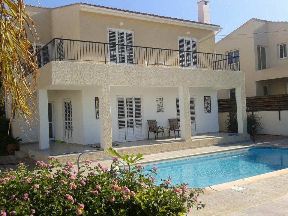 Argaka 3 Bed Luxury Villa 4490 front View.jpg