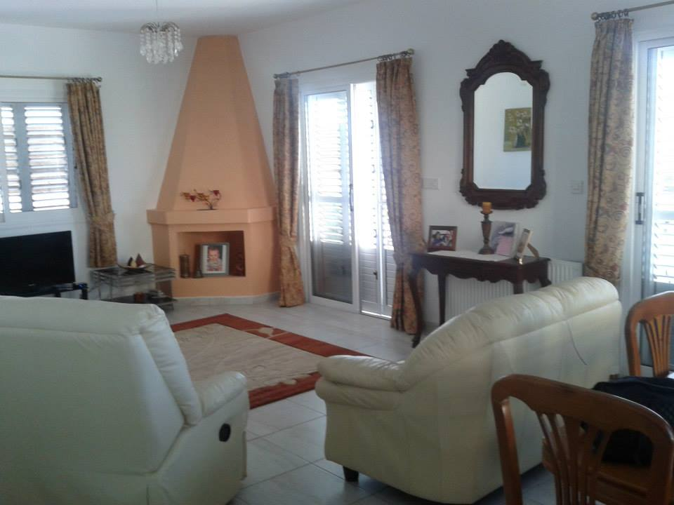 Argaka 3 Bed Luxury Villa 4490 Lounge.jpg