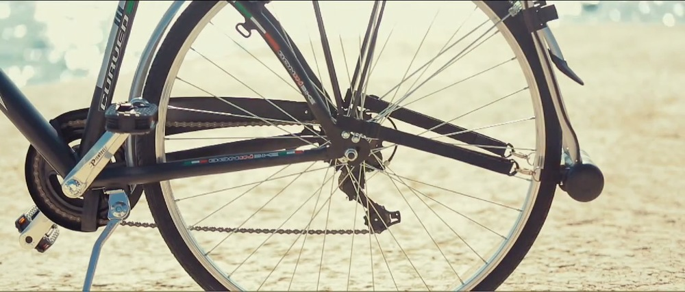 40 Bici tese cinghie.jpg