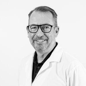 Jan Ek  Hudläkare - Specialist i Dermatologi