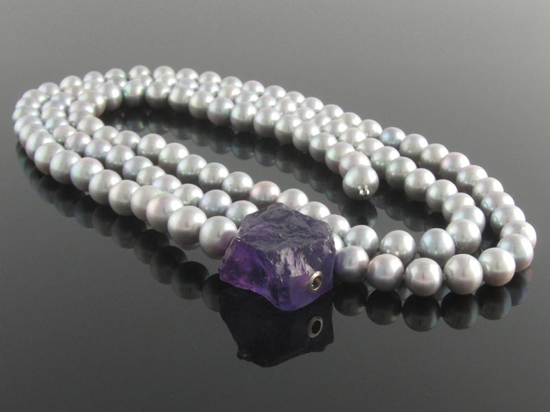 Grey Pearls with amethyst.jpg