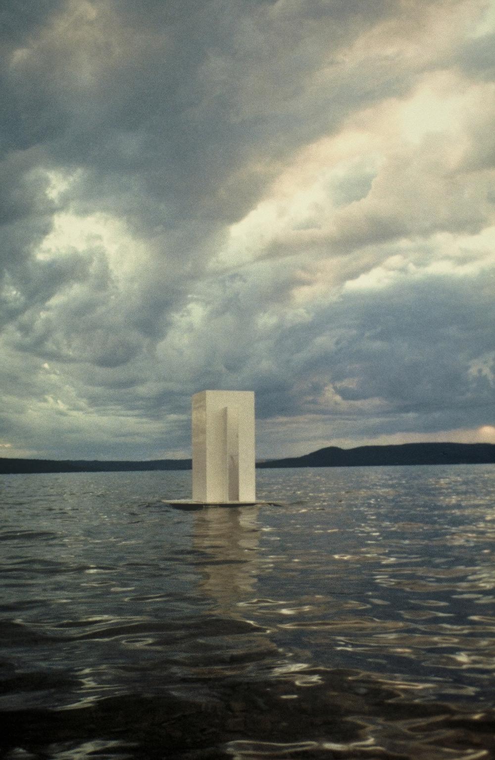 Floating Thinking Box , Michigan, 1998