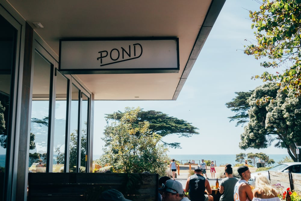 pond torquay sign