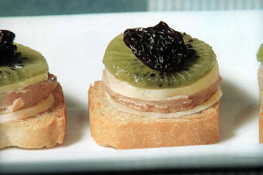 Foie & Kiwi - Mille feuille with liver pâté, potato, kiwi, and plums.