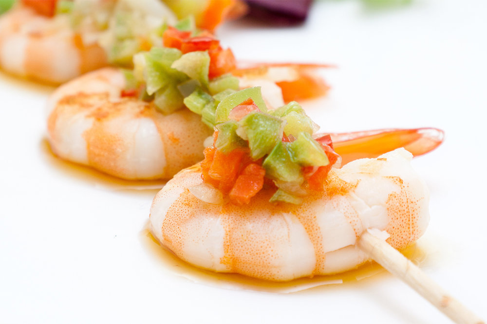Gamba marinera - Cold prawns with special vinaigrette sauce.