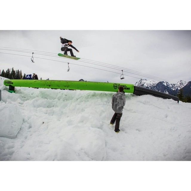 #summitxthinkthank ribbed for your pleasure in that gap. R: Parker duke @darkerpuke. P: Mike yoshida @mikeyoshida. Sorry for the harsh. #tbt to the harsh. Dispatch on snowboardermag.com #thinkthank #snowboardermag #couldnthelpit #pnw