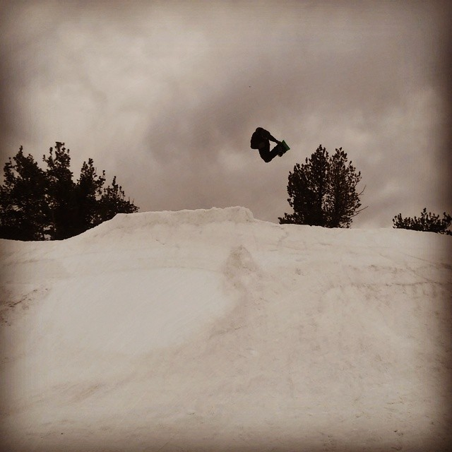 @seangenovese blasting the #cdimemorialquarterpipe at #cdi2014 this last weekend after putting in a hard day's work building it. An amazing time up there as always. Thanks to everyone who made it up and helped out. #dwd #dinosaurswilldie #bosshog #method #snowboarding