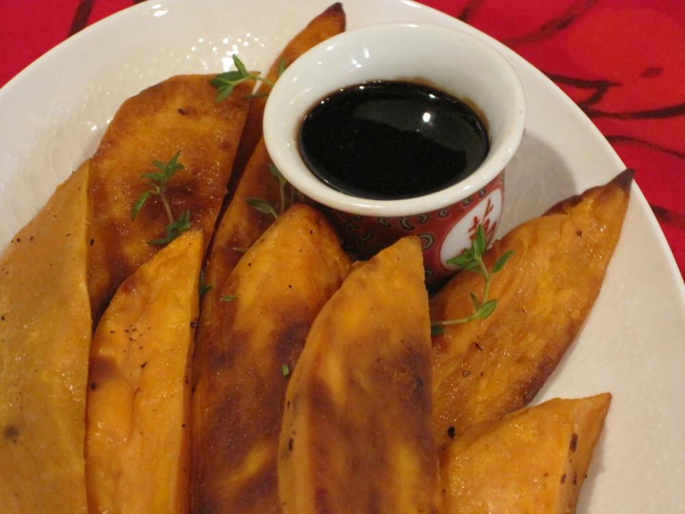 Roasted Sweet Potato Bites with Balsamic Reduction Glaze