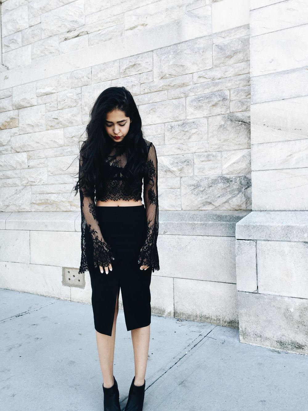 arushi.co, arushi khosla, black lace crop top, nasty gal, pencil skirt, aritzia, steve madden, black ankle boots, white nails