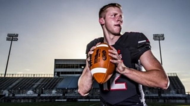 Lake Travis QB Matthew Baldwin