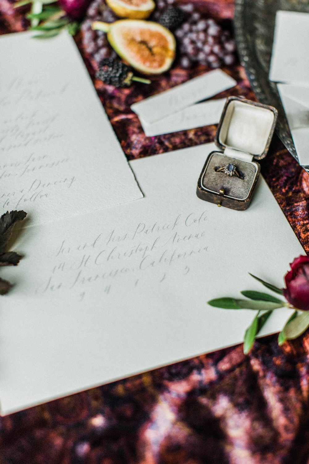 Styling by jennifer of {feather + oak}, photography by Sarah Sidwell Photography, paper suite + calligraphy by Plume.