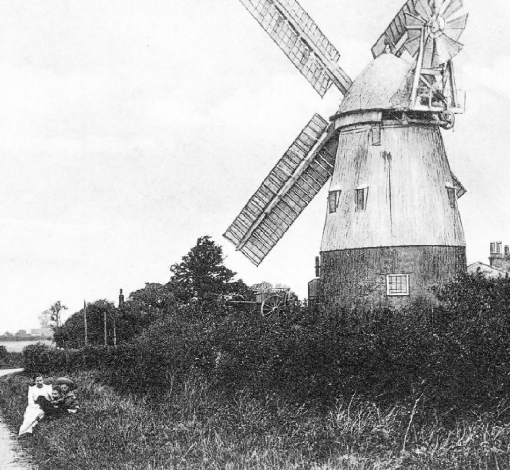 The windmill on the Waye, Linton Road, Balsham © Cambridgeshire Collection