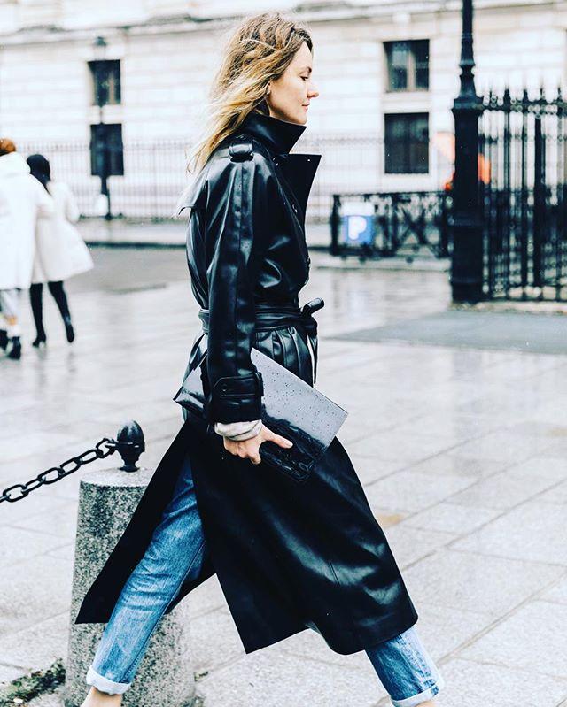 #trenchcoat #leather 🖤