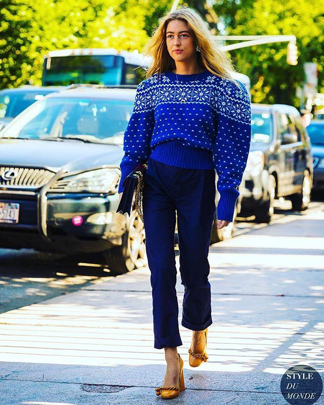 #sweater #puffsleeves 💙 @emilisindlev