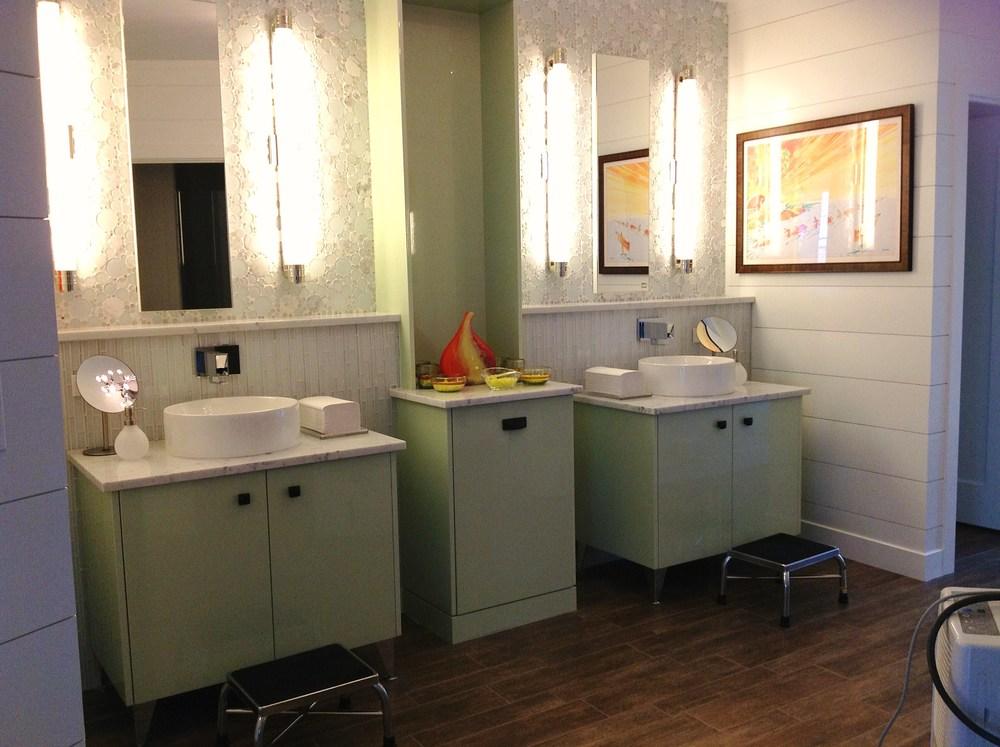 Rhodes Bathhouse - Bathroom II (3).jpg