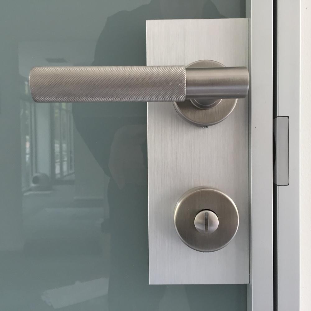 TRE-PIU Planus Door   Antonio Cellini design