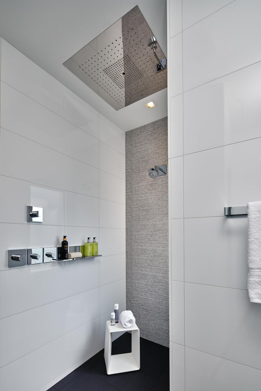 Rosenbloum Bathroom -  006 copy.jpg
