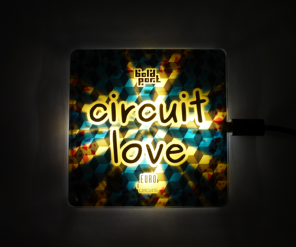 circuitlove-red-bottom-usb.png