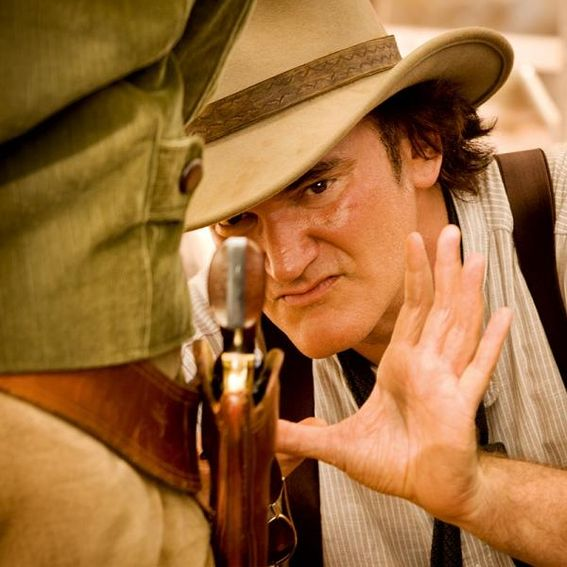 Source: http://www.digititles.com/movies/django-unchained-2012/photos/tarantino-framing-a-shot