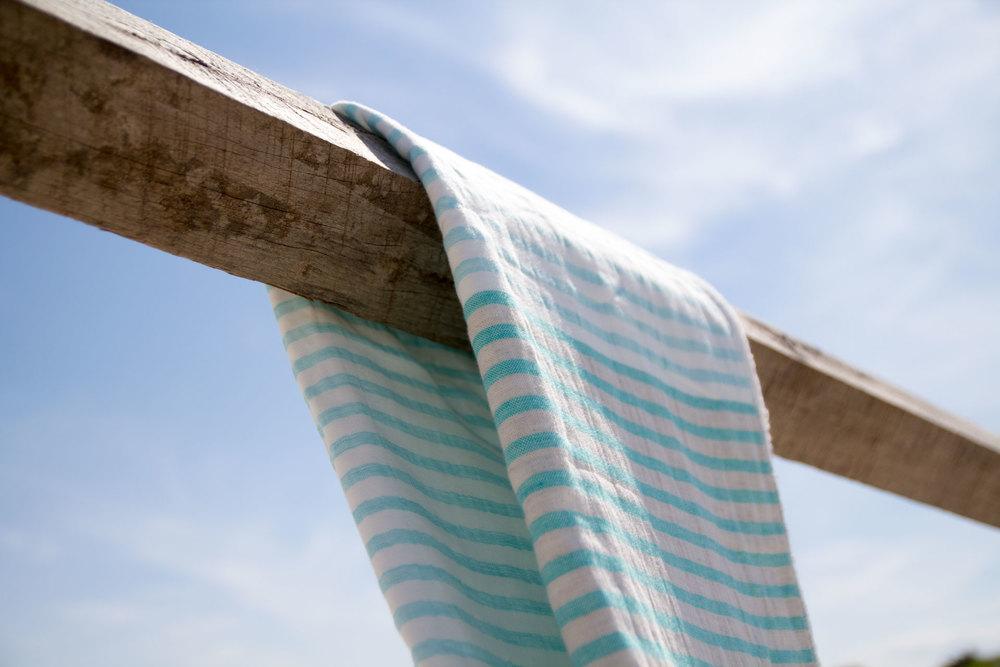The Yoshii Linen border towel.