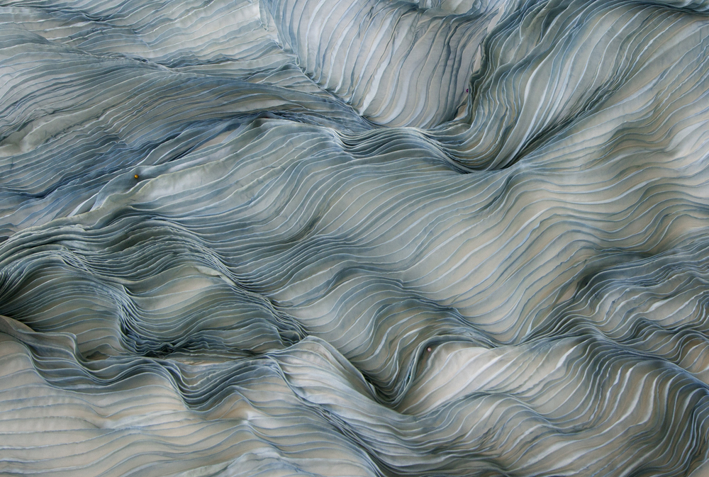 Kazumi Tanaka, Silk fabric made using the Shibori-Zome technique (a traditional Japanese resist and dye processes), 2014. Silk. (Image courtesy of  Fabric Workshop and Museum )