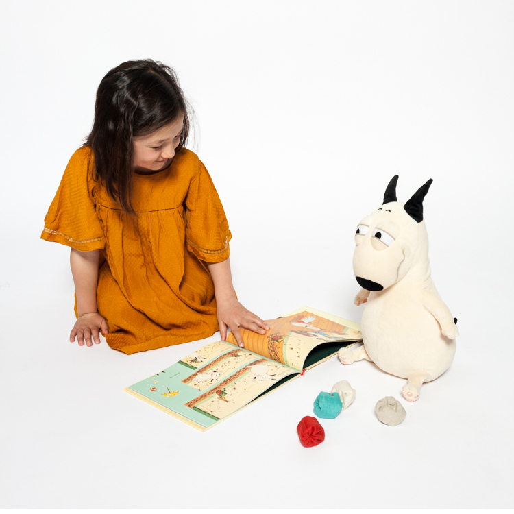 "Yuma, pictured reading with Bam from ""Bam and Kero"""