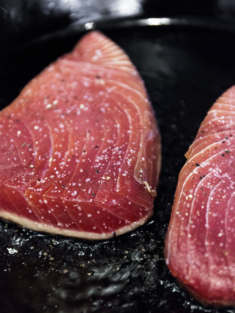 Pan-Seared_Yellowfin_Tuna-10 (1).jpg