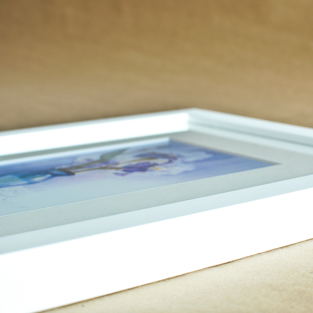 mountary-frame-style-slim-white-highres-3.jpg