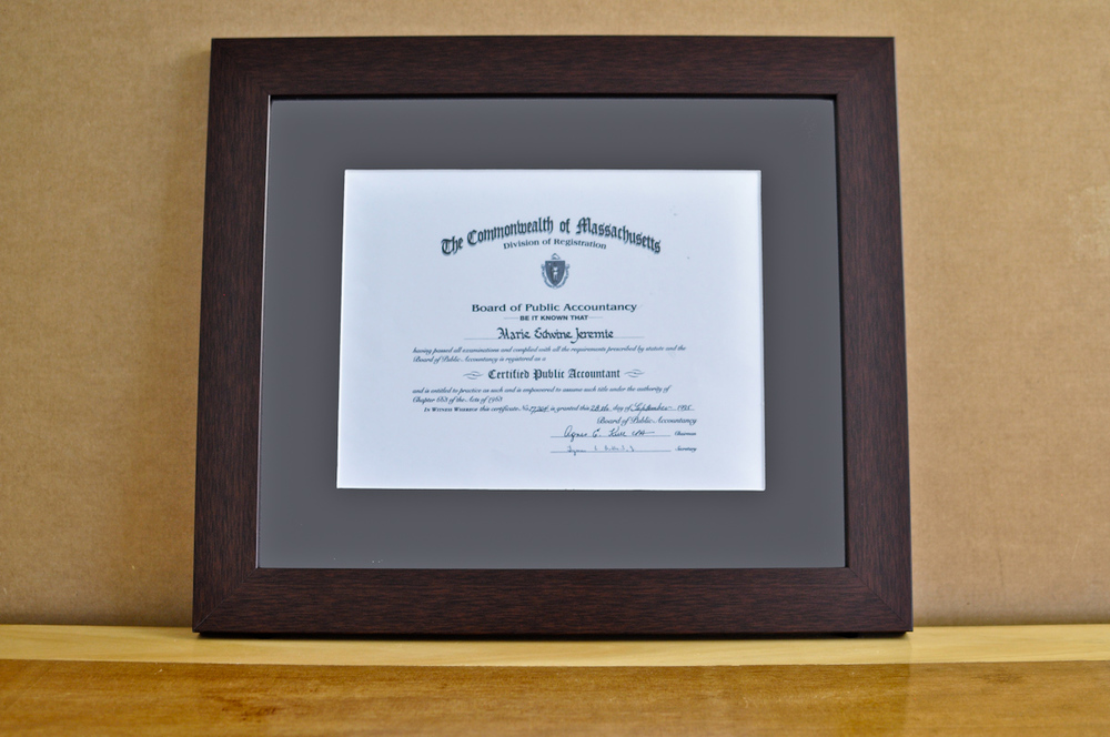 "Style: Medium Frame Color: Walnut Mat: 2"" Gray Diploma: 11"" W x 8 1/2"" H"
