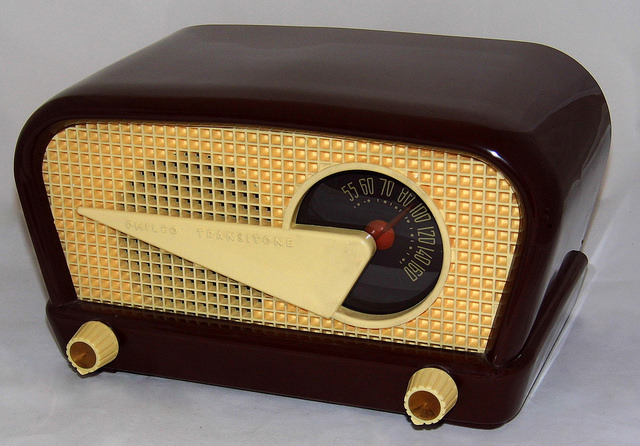 A Philco Transitone (flying wedge) table radio, circa 1948. Photo by Joe Haupt, via  Flickr Creative Commons .