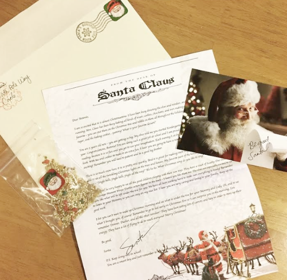 Letters from santa the deluxe santa package comes with magic reindeer food that the child can leave out for santas team on christmas eve and a high quality picture of santa spiritdancerdesigns Choice Image