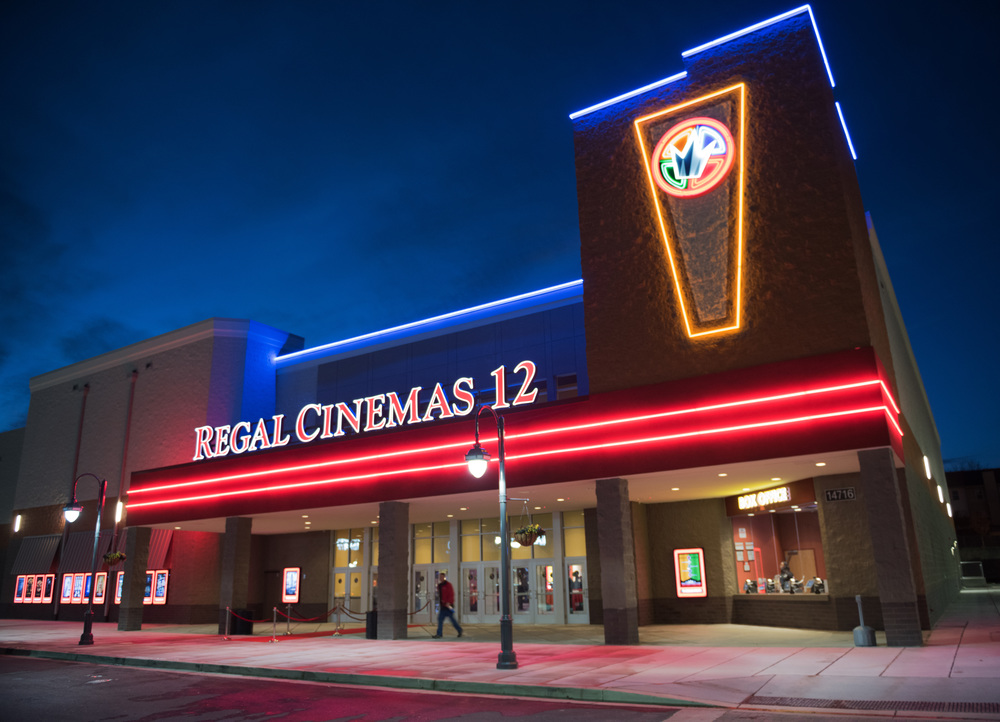regal-cinemas-laurel-maryland-1