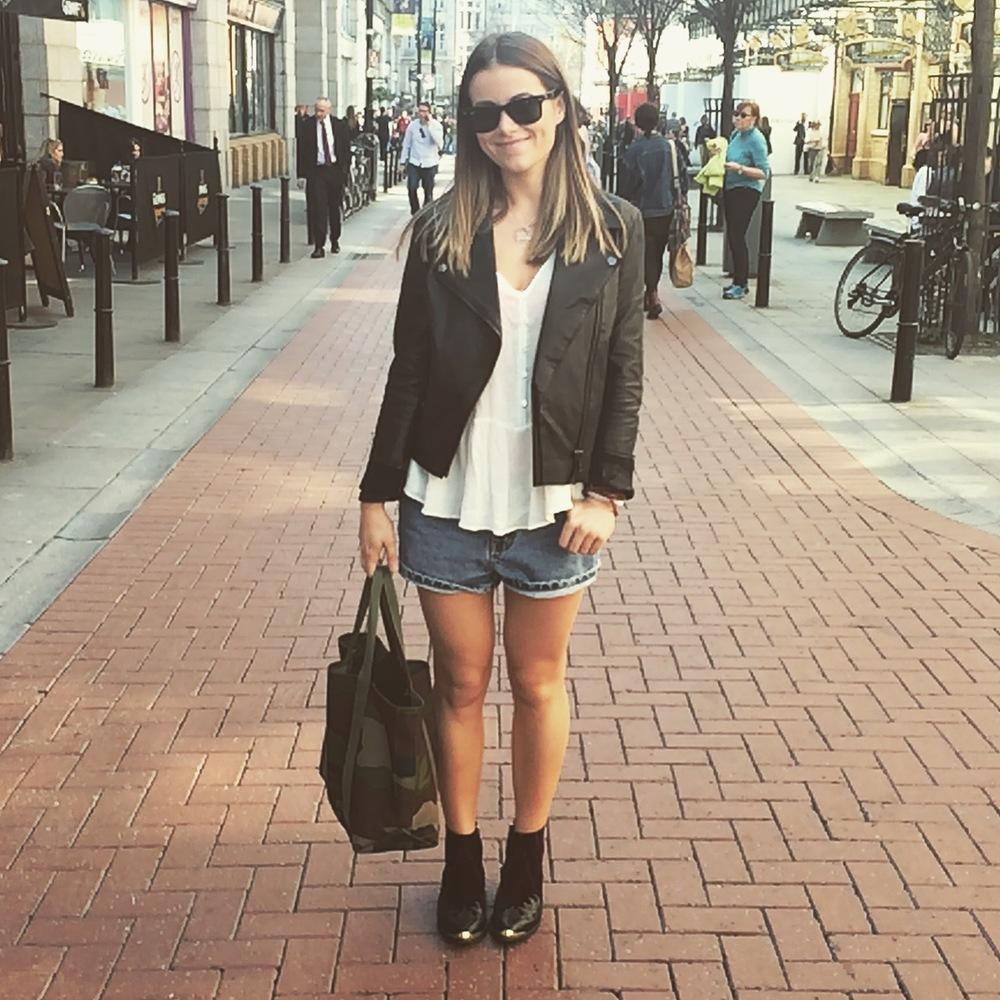 Zara Blouse | Asos Jacket | Calvin Klein Shorts | Topshop Boots | L.L.Bean Tote