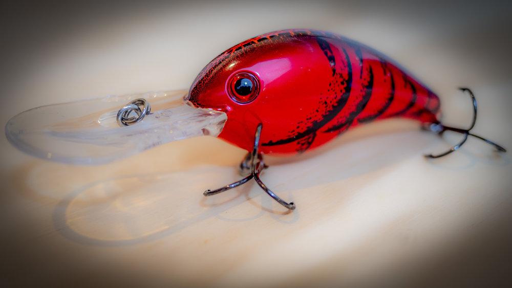 Deep-Crankbait-Bass-Fishing-Summer