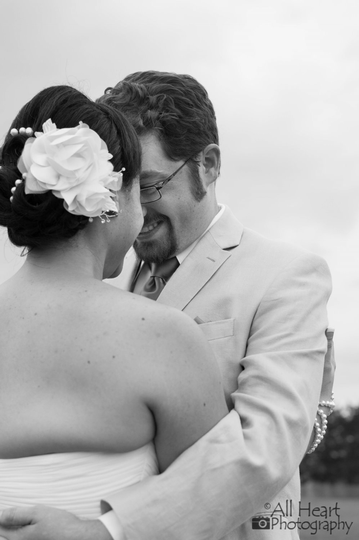 stormyjohn-giardino-bertucci-wedding_014 (997x1500).jpg