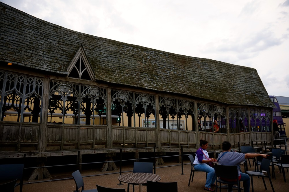 hogwartsbridge.jpg